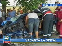 Români stabiliţi în Grecia, implicaţi într-un accident rutier