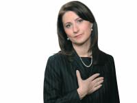 Sorina Placinta si-a intrat in paine ca ministru al tineretului