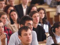 Student pe timp de criza! Afla ce posibilitati mai ai sa te angajezi!