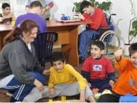 Situatie disperata: 50 de copii cu dizabilitati risca sa ajunga in strada