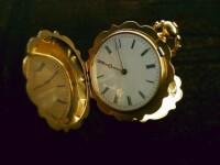 Politistii cauta hotii care au furat piese de aur din Muzeul Ceasului