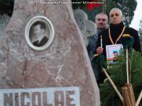 Sotii Ceausescu, dezgropati. Testele legistilor ar putea dura saptamani
