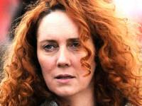 Scandalul interceptarilor ilegale din UK ia amploare. Directoarea ziarului rusinii, arestata