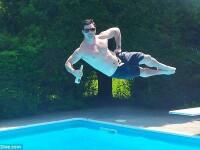Cel mai tare sport al verii. Pozeaza in aer inainte de a sari in apa. FOTO care fac senzatie pe net