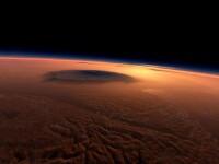 FOTO. Astronomii au fotografiat ceva bizar pe suprafata planetei Marte.