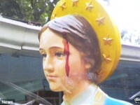 O statuie a Fecioarei Maria a inceput sa sangereze. Oamenii cred ca este un semn divin. VIDEO