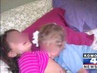 Fotografia care a SCANDALIZAT Facebook-ul. Ipostaza controversata in care o mama si-a pozat fiicele