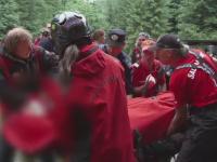 A doua sansa la viata. Un barbat de 36 de ani a fost salvat dupa ce a cazut intr-o prapastie de 300 de metri