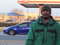 Experiment social. Un american s-a deghizat in om al strazii pentru a testa bunatatea soferilor pe o autostrada