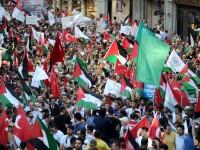 Consulatul Israelului de la Istanbul a fost atacat de sute de manifestanti turci
