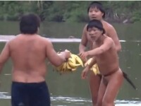 Guvernul Braziliei a intrat in contact cu cativa indieni din Amazon care nu stiu ce inseamna lumea moderna. VIDEO