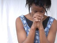 Sunt trimise din Europa in Africa pentru a fi mutilate. Traditia barbara prin care trec milioane de femei in fiecare an