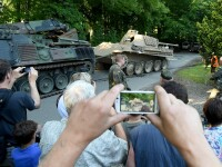Politistii germani a gasit un tanc si un tun anti-aerian in pivnita unui pensionar. De ce vrea omul sa ii dea in judecata