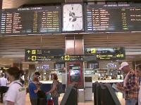 Greva controlorilor de trafic aerian a costat statul 250.000 de euro. Pasagerii au ajuns la capatul rabdarii in aeroporturi