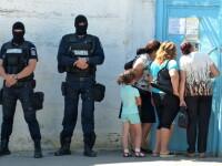 Trupele speciale au intervenit in penitenciar pentru a calma revoltele. Numarul celor care refuza hrana a scazut
