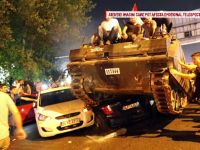 Haos pe strazile din Ankara si Istanbul. Oamenii au facut scut in fata tancurilor: