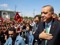 Militari si politisti turci s-ar fi