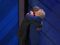 Barack Obama, pledoarie inflacarata pentru Hillary Clinton: