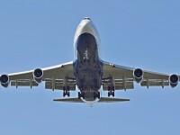 Avion din SUA, prins in mijlocul unor turbulente uriase. 24 de persoane au fost ranite