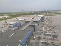 Incident pe Aeroportul Timisoara, dupa ce un avion cargo a intrat cativa metri pe spatiul verde de langa pista