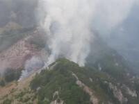Incendiu urias de padure, intr-o rezervatie din Romania. Zona este extrem de greu accesibila pentru pompieri