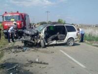 Accident rutier grav in Timis din cauza unei depasiri riscante. Un cuplu a murit, patru oameni au fost raniti. VIDEO