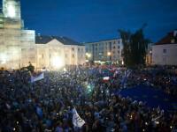 """Lege pentru curățarea """"dinozaurilor"""" din instanțele poloneze. Guvernul a scos lumea în stradă"""