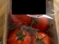 Ce a găsit o femeie în roșiile bio cumpărate dintr-un supermarket