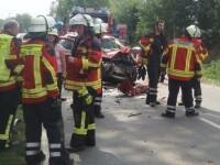 Români implicați într-un accident grav în Germania. În mașină se aflau 7 persoane