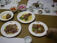 Nord-coreenii se răcoresc cu supă de câine. De ce poate fi mâncată doar 3 zile pe an