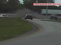 Un poliţist a supravieţuit printr-un miracol după ce a fost târât sute de metri de un şofer