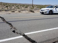 Imagini din momentul seismului de 6,4 din California. Distrugerile sunt însemnate