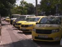 Zeci de taxiuri abandonate în Capitală. Cât câștigă șoferii care au plecat la ride-sharing