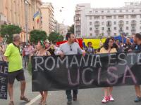 """Revolta față de un stat neputincios îi scoate pe români în stradă. """"Incompetența ucide"""""""
