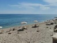Sezon turistic de coșmar în Grecia. Plajele preferate de români sunt pustii, restaurantele goale