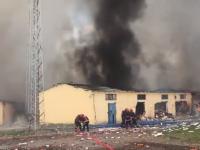 VIDEO. Explozie resimțită pe o rază de 50 de km, la o fabrică de artificii din Turcia. Cel puțin 4 morți și 97 de răniți