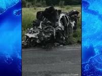 Impact devastator în Timiș. Un șofer a murit după ce s-a izbit frontal cu un camion