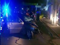 Tragedie pe un drum din Găești. Două persoane au murit, după ce mașina lor s-a izbit de un stâlp