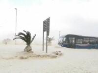 Fenomen meteorologic spectaculos în Africa de Sud. Faleza, umplută de spumă marină