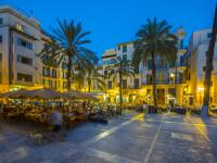Un turist britanic, arestat în Spania. Se plimba printre clienții unui restaurant și tușea pe ei, spunând că are coronavirus
