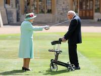 Tom Moore, înnobilat de Regina Elisabeta a II-a. Cum i-a mulțumit veteranul de 100 de ani