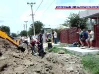 Unul dintre muncitorii prinși sub un mal de pământ în Dâmbovița a murit