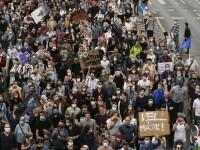 Mii de oameni au protestat vineri în Budapesta, după demisia în masă a unor jurnaliști