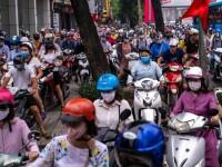 Cel puţin 15 morţi şi zeci de răniţi după ce un autobuz s-a răsturnat într-o prăpastie în Vietnam