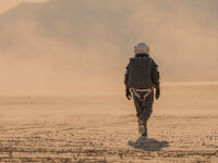 Trei astronauţi chinezi au revenit pe Pământ după ce au încheiat cea mai îndelungată misiune spaţială a ţării