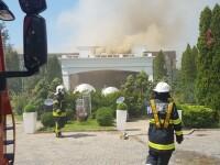 Incendiu la un restaurant din Otopeni. Pompierii au intervenit cu 11 autospeciale de stingere