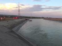 Tragedie în Bacău. Un tânăr de 21 s-a înecat după ce a sărit în apă să salveze un câine
