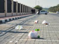 Cum au găsit polițiștii craioveni persoanele care au aruncat gunoiul pe domeniul public. FOTO