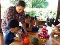 Atelierele meșteșugărești, o nouă metodă prin care copiii pot să-și dezvolte creativitatea