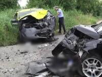 Accident grav în Dâmbovița. O tânără a intrat cu mașina pe contrasens după ce s-a uitat în telefon
